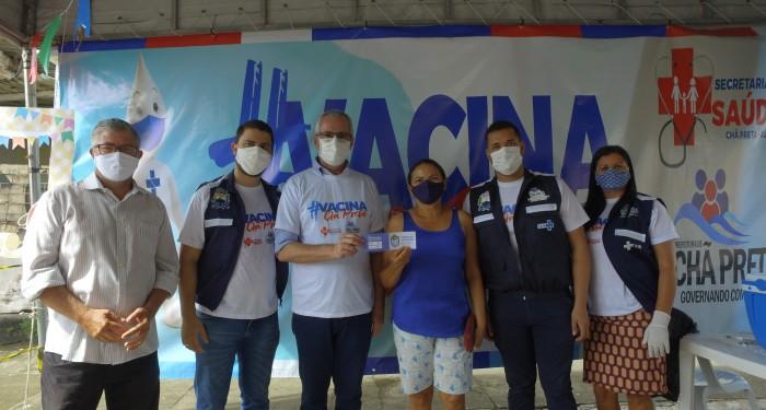 Seguimos avançando com a vacinação contra a COVID-19 em Chã Preta. Vacina Salva!